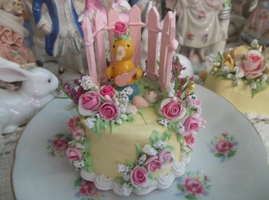 (Alice) Funky Junk Fake Cake