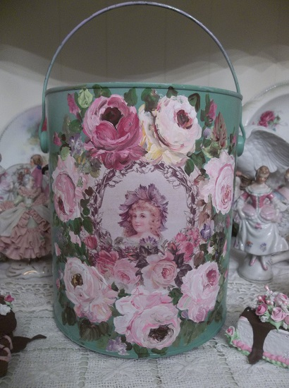 (Vintage Rose) Painted Paint Can