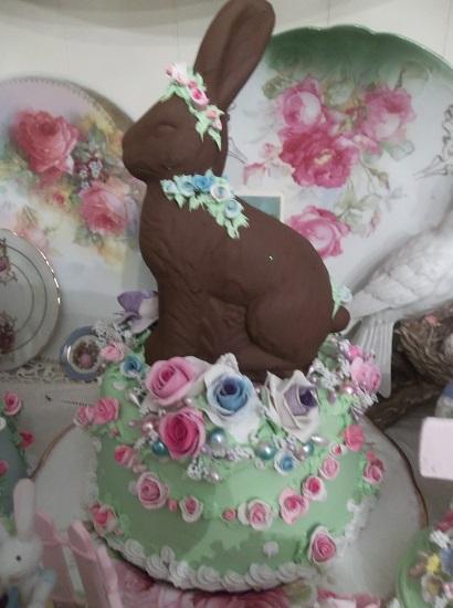 (Hoppy Easter) Fake Cake