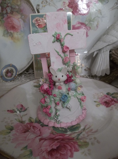 (Some Bunny Special) Funky Junk Fake Cake