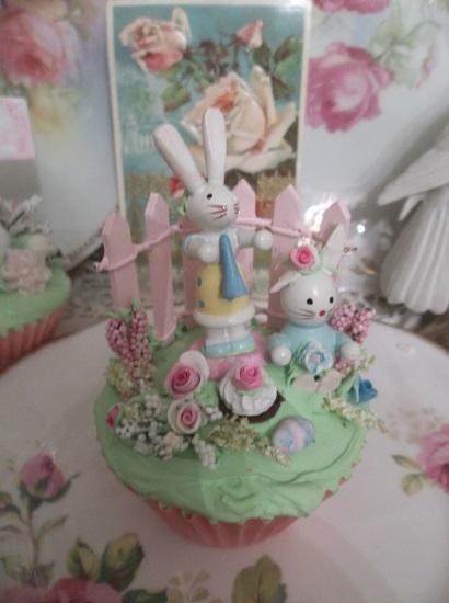 (Garden Bunny Party) Fake Cupcake
