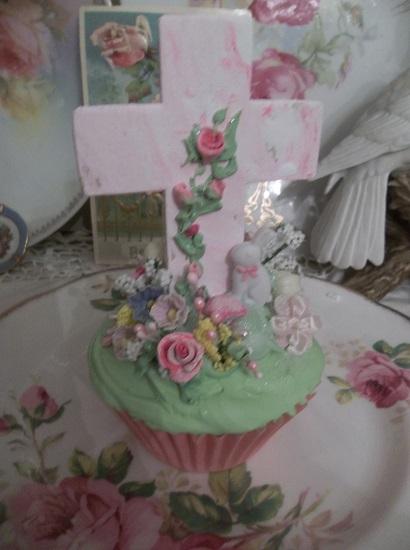 (At The Foot Of The Cross) Fake Cupcake