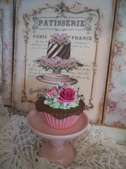 (French Chocolate) Fake Cupcake