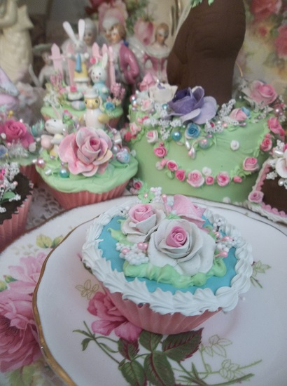 (Spring Sky) Fake Cupcake