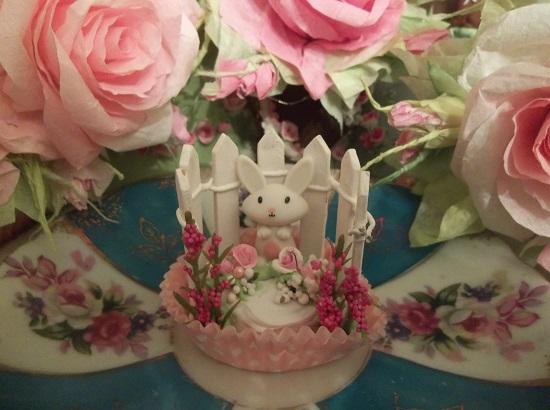 (Bunny Cakes In The Garden) Mini Marvel