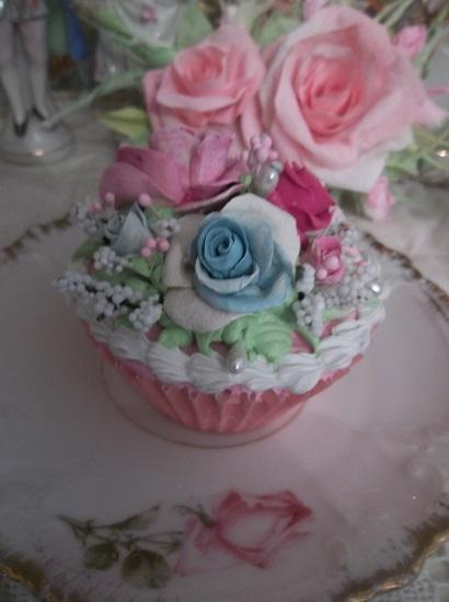 (Spring Paradise) Fake Cupcake