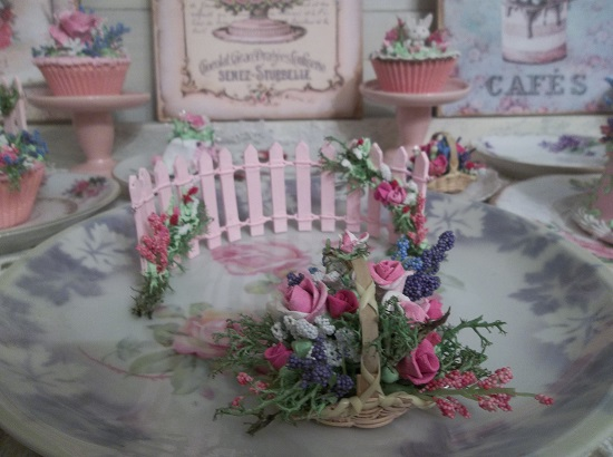 (Mayotta) Clay Rose Floral Arrangement In Small Basket