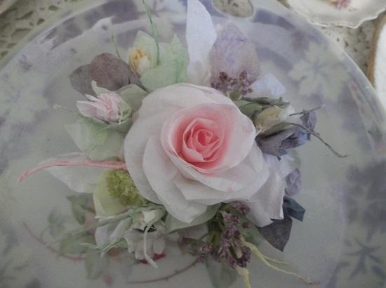 (Coraleena) Handmade Paper Rose Clip