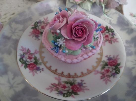 (Kadie) Fake Cupcake