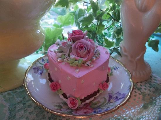 (Karlie) Fake Cake