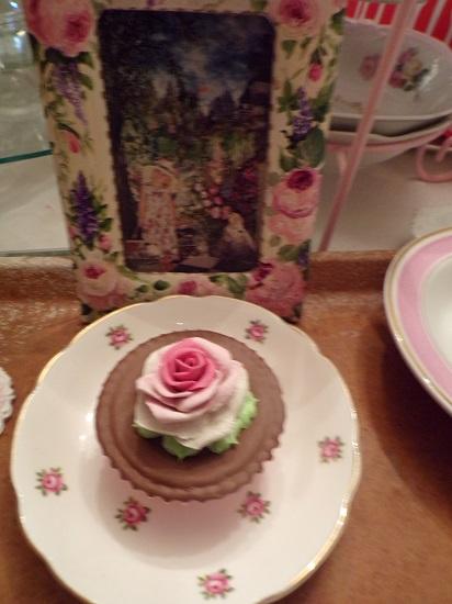(Cocoa Love) Fake Cupcake