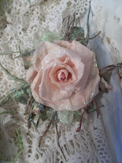 (Madalynn) Prism Glittered Handmade Paper Rose Clip