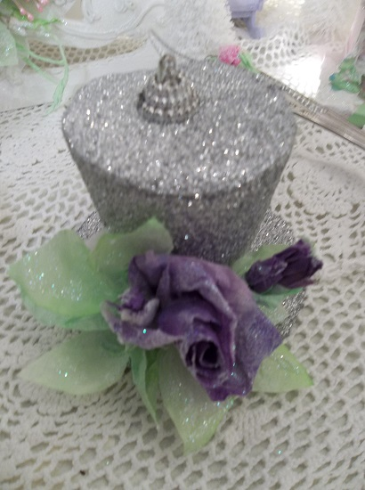 (Violet Pazazz) Decorated Top Hat Christmas Ornament