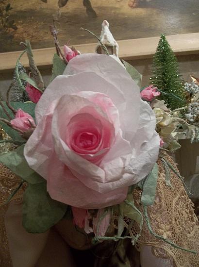 (Jeliah Sunday) Handmade Paper Rose Clip