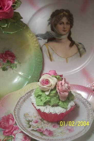 (Bella Cupcake) Fake Cupcake