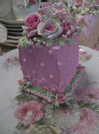 (Cherry Rosa) Fake Cake Slice