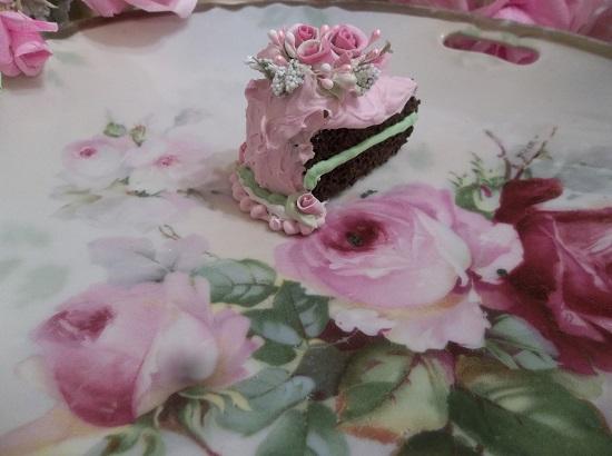 (Tina Louise) Small Fake Cake Slice