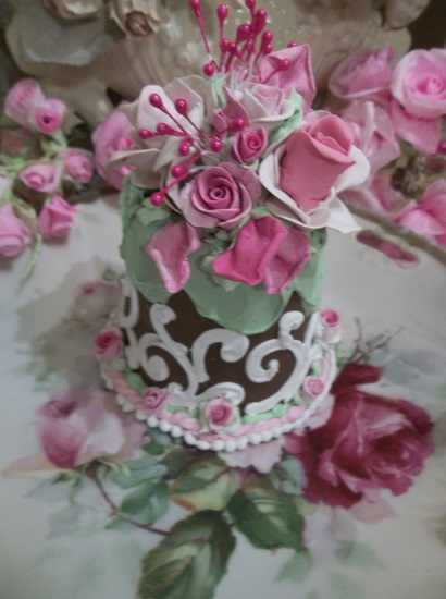 (Cosmic Rose) Funky Junk Fake Cake