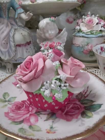 (Cupcake Kate) Fake Cupcake
