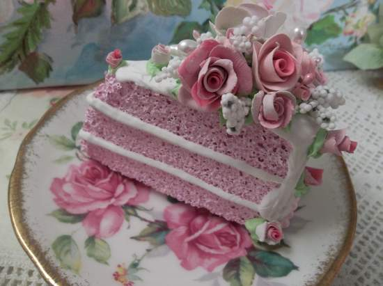 (Dotted With Roses) Fake Cake Slice