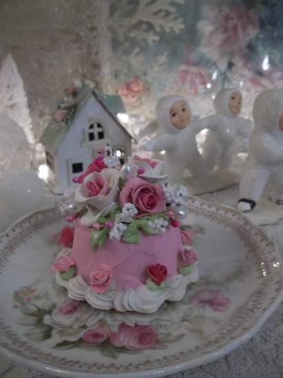 (Tara Rosa) Little Funky Junk Fake Cake