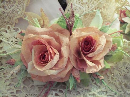 (Wilameena Tangerina) Handmade Paper Rose Clip