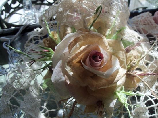 (Sister Sage) Handmade Paper Rose Clip