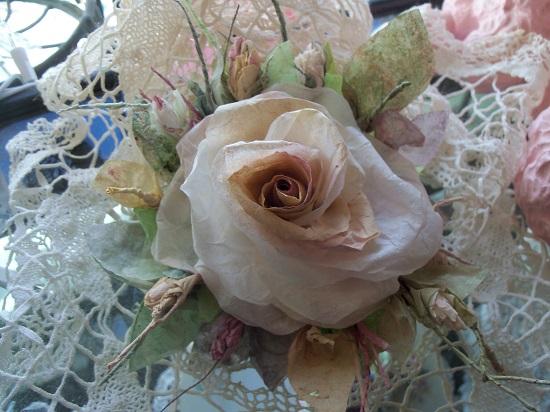 (Awe Struck) Handmade Paper Rose Clip