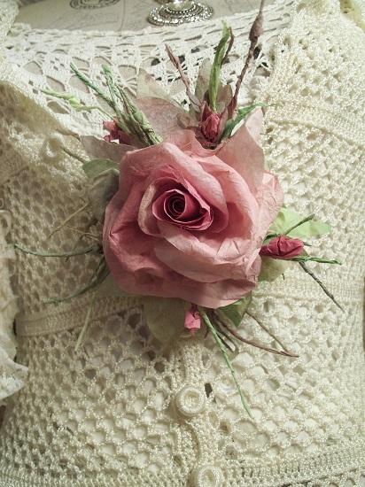 (Rianna) Handmade Paper Rose Clip