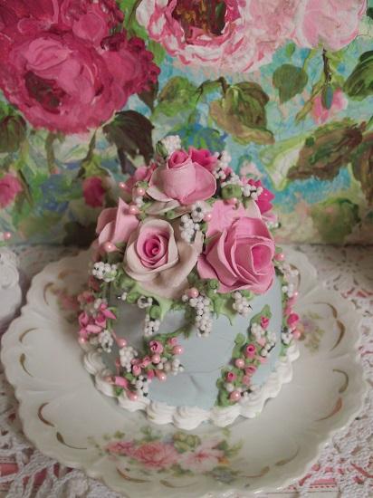 (Carol) Funky Junk Fake Cake
