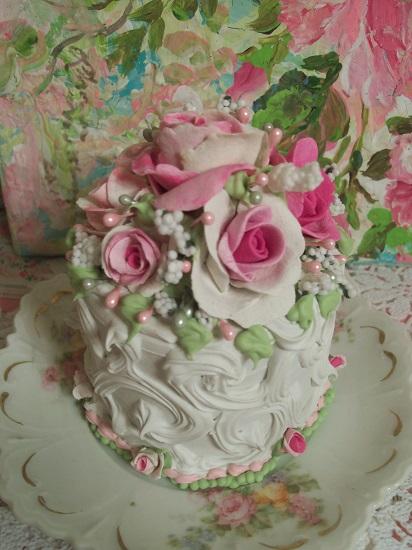 (Harriet) Funky Junk Fake Cake