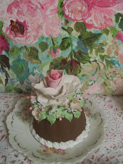 (Cocoa Belle) Funky Junk Fake Cake