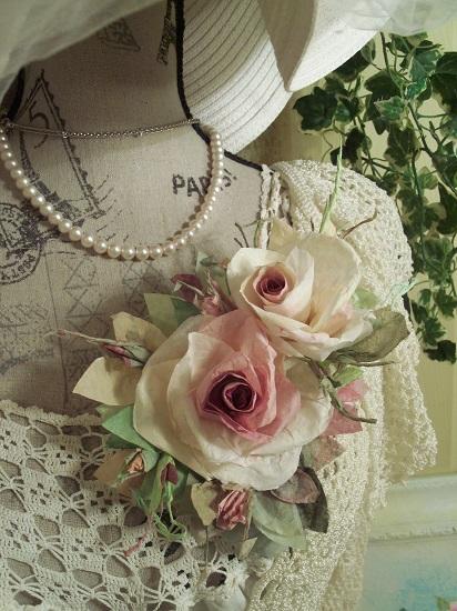 (Sharilla) Handmade Paper Rose Clip