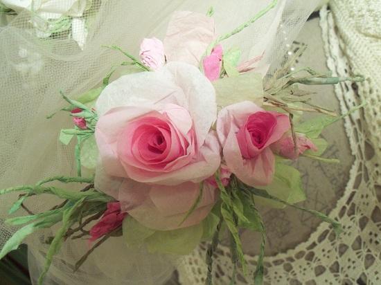(Shannon) Handmade Paper Rose Clip