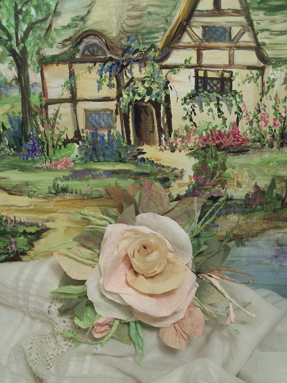 (Thatched Cottage Rose) Handmade Paper Rose Clip