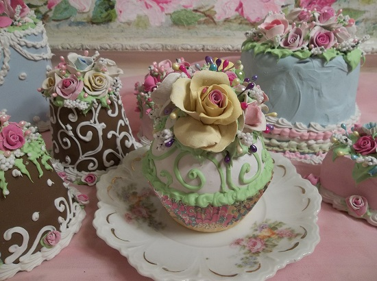 (Roses By Design) Fake Cupcake