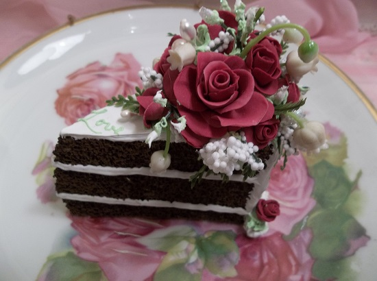 (Love Joy Peace Of Cake) Fake Cake Slice