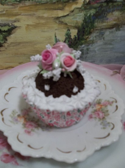 (Chocolate Dot Cupcake) Fake Cupcake