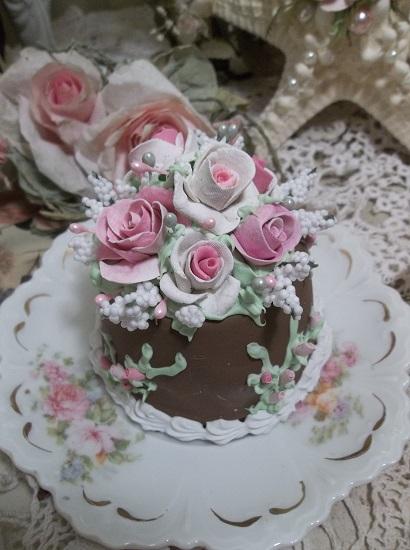 (Charo Choco) Funky Junk Fake Cake