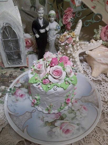 (Miriam) Funky Junk Fake Cake