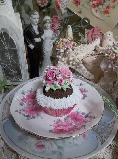 (Barbie) Fake Cupcake