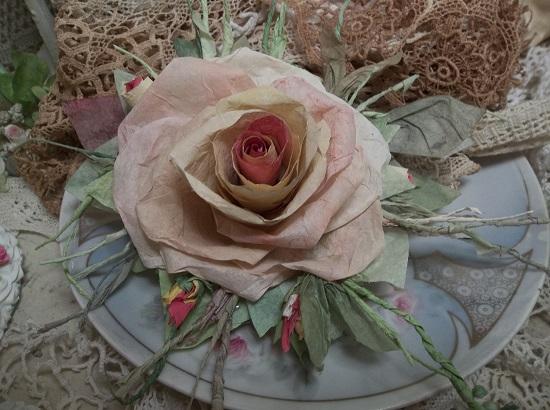 (Alma) Handmade Paper Rose Clip