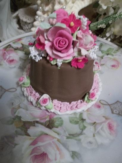 (Francine) Funky Junk Fake Cake