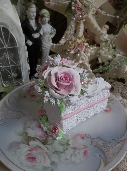 (ROSE) Fake Cake Slice