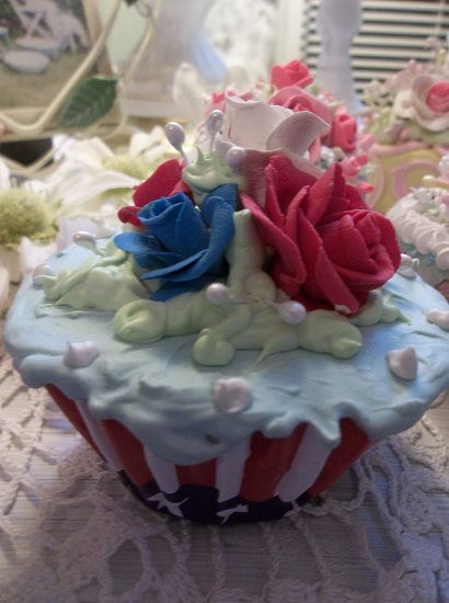 (Old Glory) Fake Cupcake