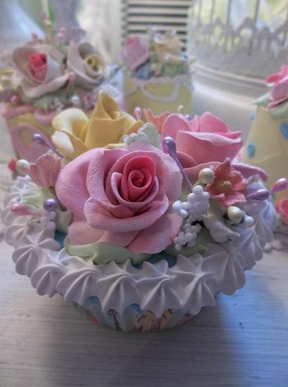 (Kyla) Fake Cupcake