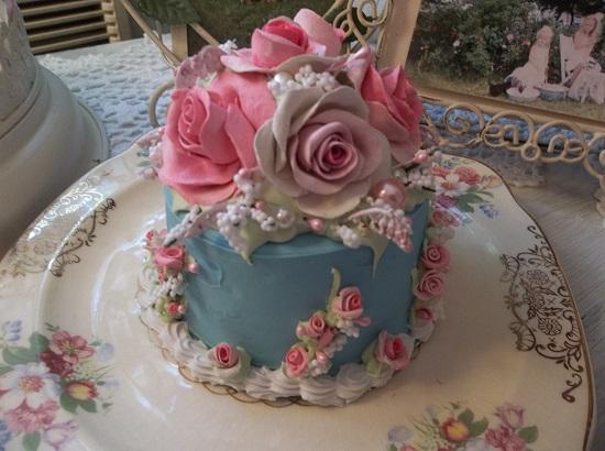 (Natalie) Funky Junk Fake Cake