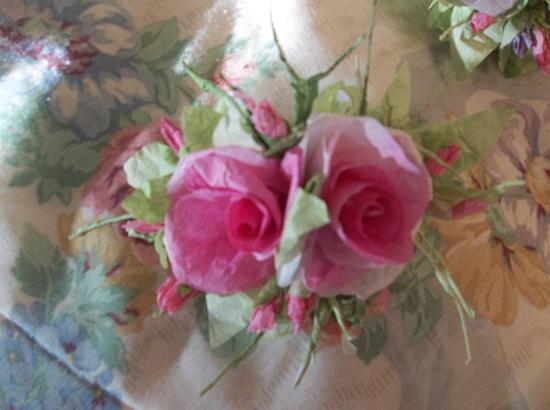 (1940 PROM QUEEN) Handmade Paper Rose Clip