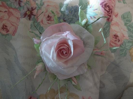 (1943 Prom Queen) Handmade Paper Rose Clip