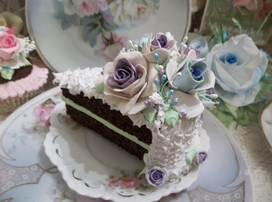 (Ruffled Rhonda) Fake Cake Slice